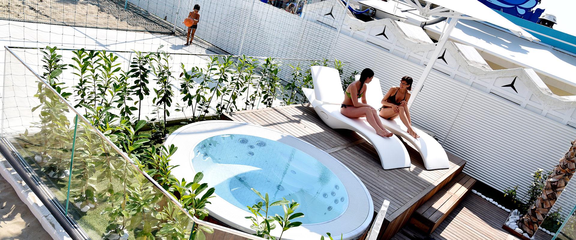 Hotel Di Luigi piscina